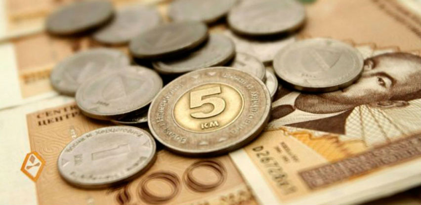Prosječna isplaćena neto plata u BiH u martu 950 KM