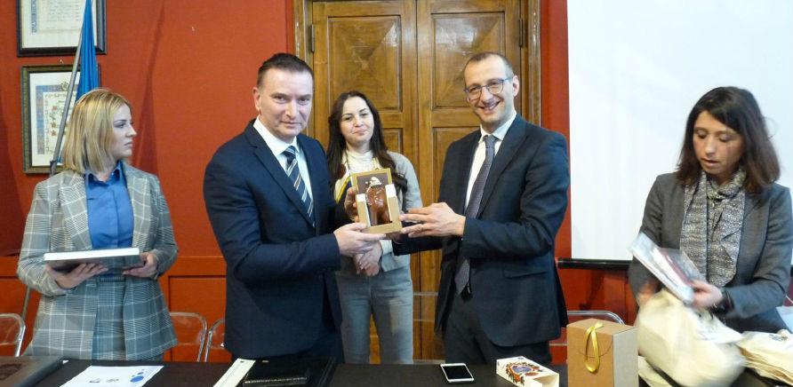 Potpisan sporazum o bratimljenju Grada Pesara iz Italije i Općine Novi Grad