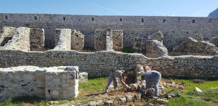 Nastavljeni radovi na sanaciji i konzerviranju zidnih struktura Bijele tabije