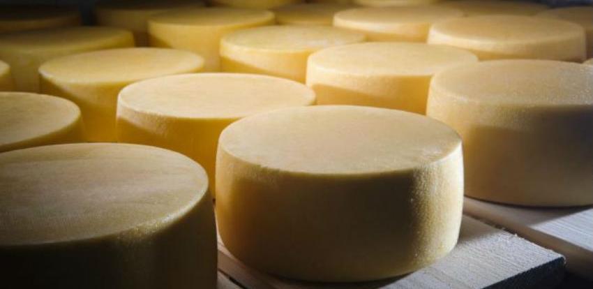 Obavijest o zahtjevu za registraciju naziva Livanjski izvorni sir