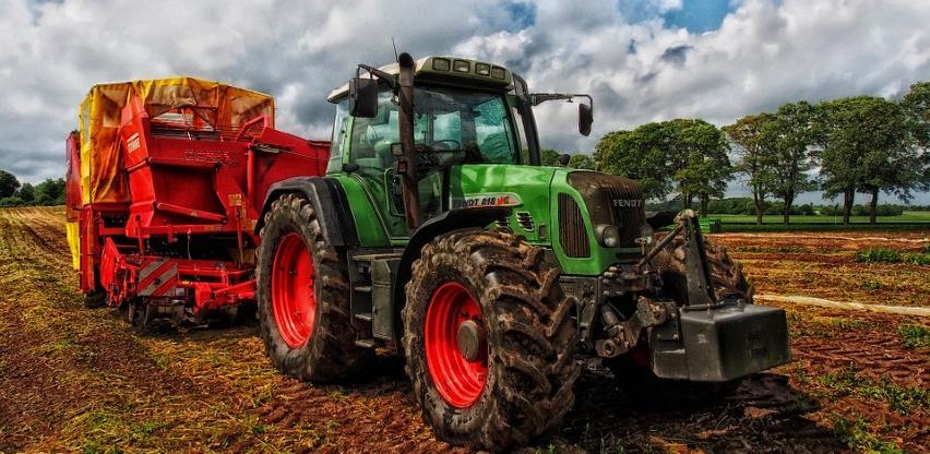Tuzlanski poljoprivrednici ne pamte lošiji prinos u plastenicima (VIDEO)
