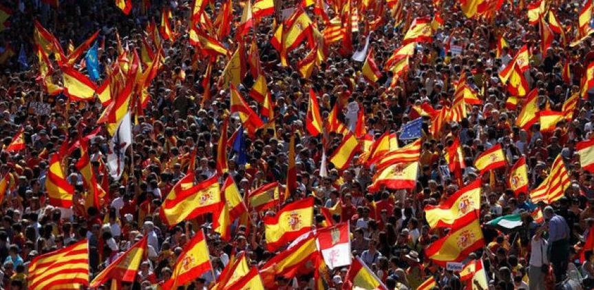 Macron: EU ne bi trebala posredovati u katalonskoj krizi