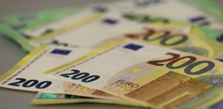 ECB: Nove novčanice od 100 i 200 eura u opticaj kreću već krajem maja