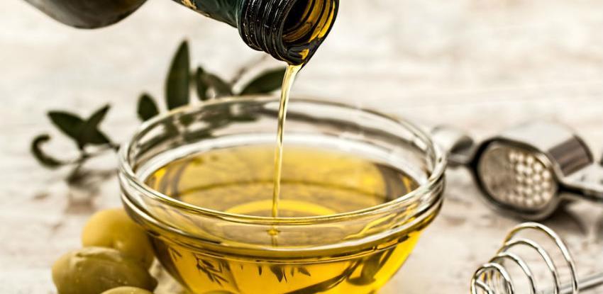 Maslinovo ulje – eliksir za zdravu i lijepu kosu