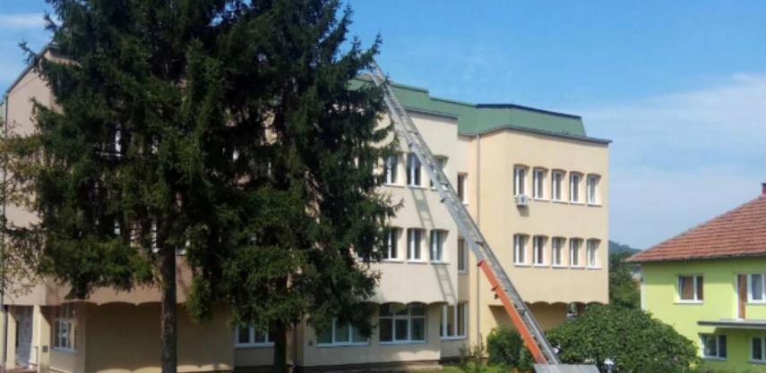 Počela sanacija krova na zgradi odjeljenja Suda u Maglaju