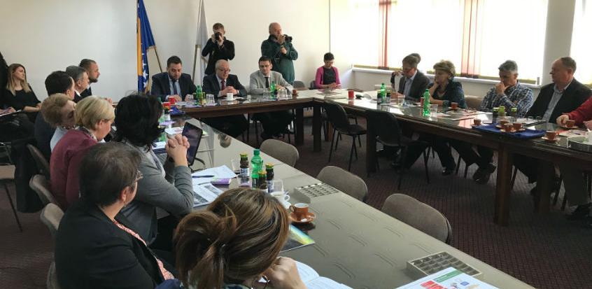 Smanjenjem taksi i naknada Općina Travnik vraća privredi 710.000 KM