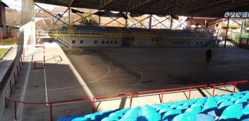 Počinju radovi na uređenju stadiona Blatuša u Brčkom