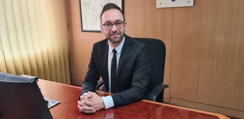 Vlada ZDK usvojila informaciju o reviziji diploma uposlenih u javnom sektoru