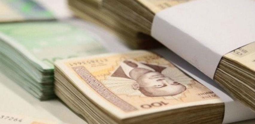 U aprilu prosječna plaća u RS 946 KM, manja od martovske