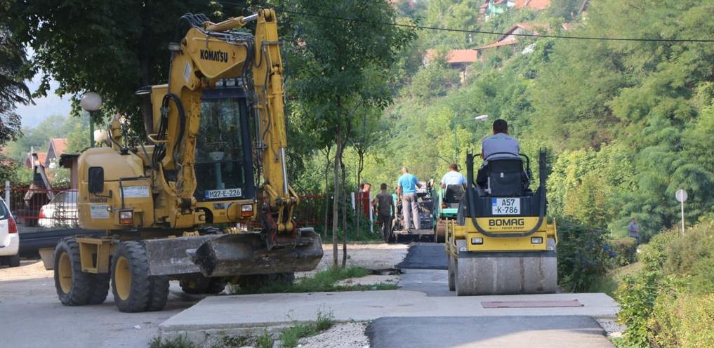 U Kaknju u toku radovi na asfaltiranju biciklističke staze
