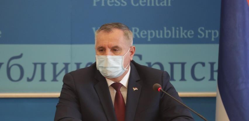 Višković: Pojačati kontrole, ne zatvarati ugostiteljske objekte