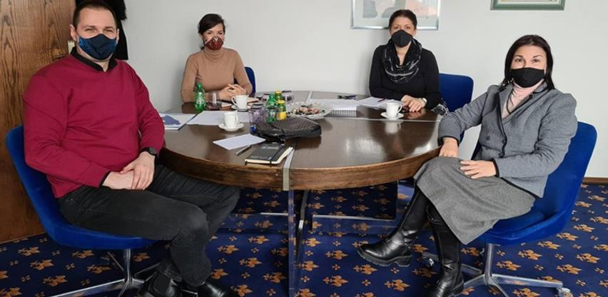 Privredna komora FBiH i PK ZDK zajedno u programu ekonomskog osnaživanja žena ZDK
