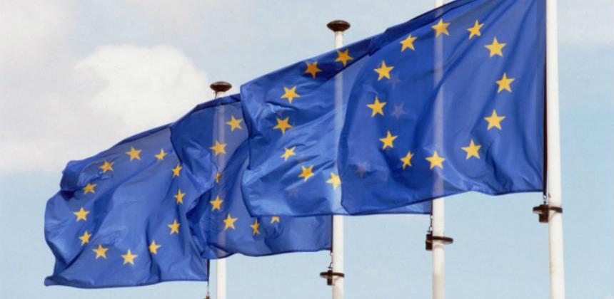 """Merkel i Macron dogovorili """"novo poglavlje"""" za eurozonu"""