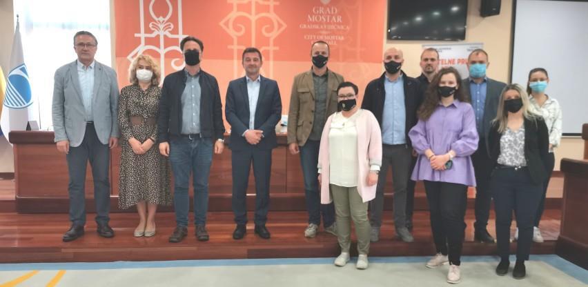Saradnja između Mozaika i Grada Mostara: Osigurana finansijska podrška za 48 mikrobiznisa