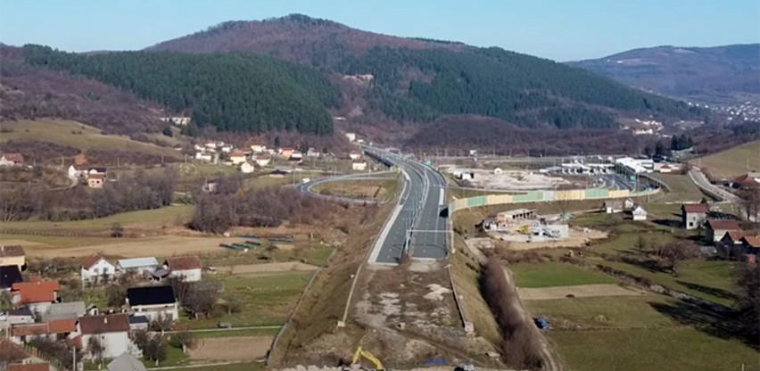 Pogledajte kako napreduju radovi na dionici autoputa od Tarčina do Ivan planine