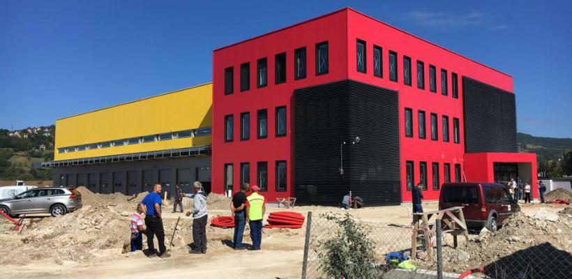 DHL useljava u novu zgradu, investicija od 5 mili. KM se privodi kraju