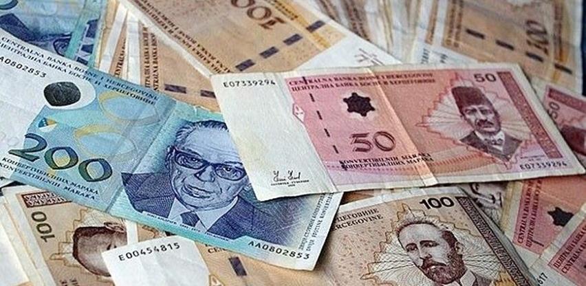 Prosječna mjesečna isplaćena neto plata u BiH u septembru iznosila je 962 KM