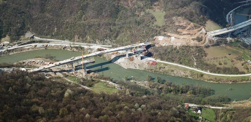 Bliži se spajanje: Pogledajte kako izgleda gradilište mosta Vranduk