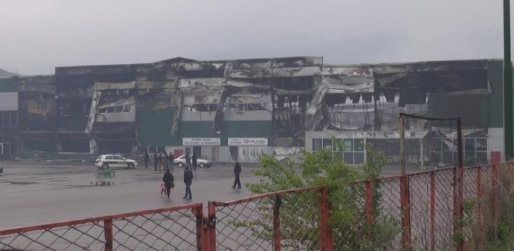 Dvodnevni izviđaj na mjestu potpuno izgorijelog Tržnog centra Bingo u Mostaru danas je završen.