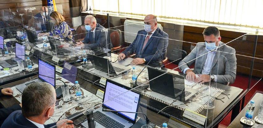 Vlada FBiH: Interventnim mjerama bit će obezbijeđeno 105 miliona KM za pomoć privredi