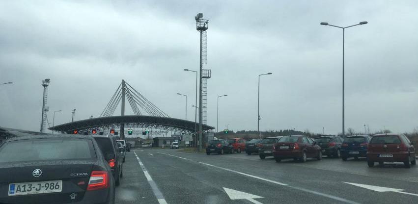 Obustavljen saobraćaj na većini graničnih prelaza u BiH