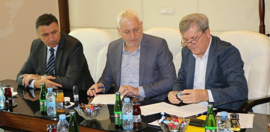 Potpisan ugovor o izgradnji nove sportske dvorane u Kaknju