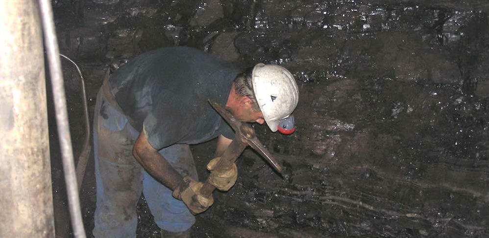 Nezadovoljni rudari ispred sjedišta Vlade FBiH