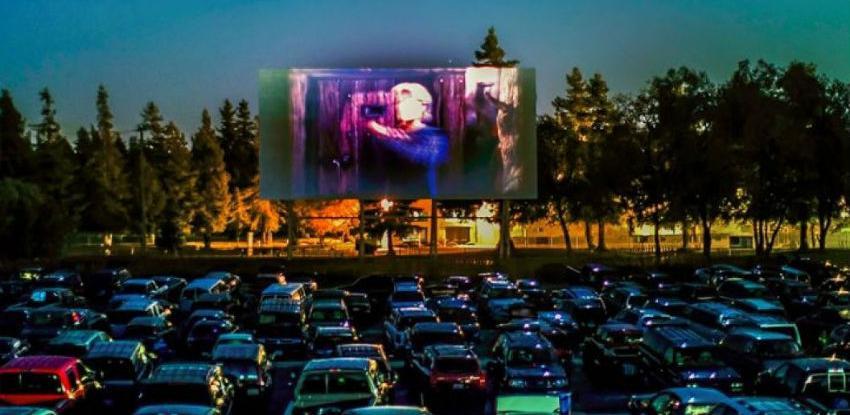 Sarajevsko Drive in kino otvaraju filmovi Dolly Bell i Valter brani Sarajevo