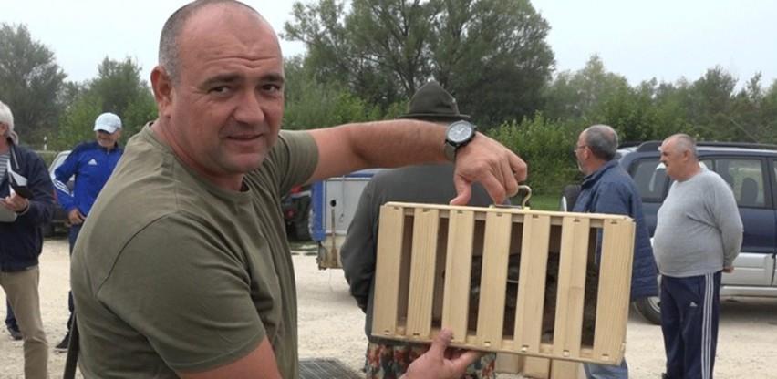 Marinko Džoić iz Orašja jedini uzgajivač divljih zečeva u BiH