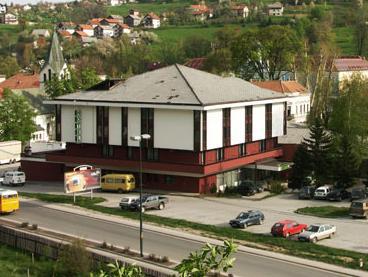 Na prodaji Hotel Lipa sa dvorištem i parkingom u Travniku