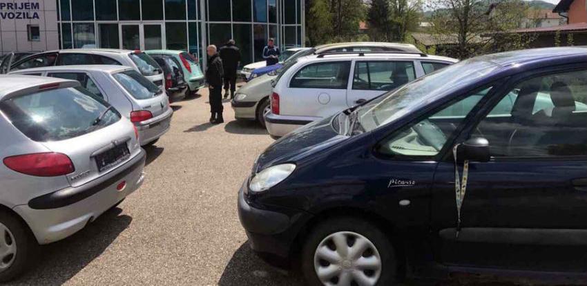 Pretresi u Tešnju i Tesliću: Oduzeta vozila vrijedna 110.000 KM