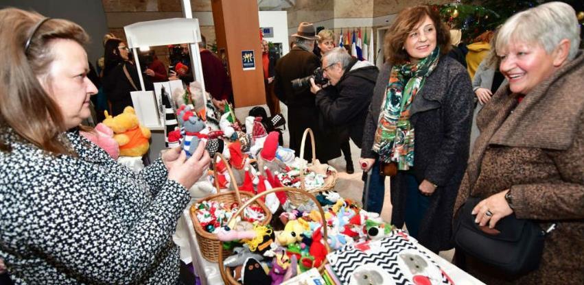 Održan tradicionalni Božićni bazar Njemačke ambasade
