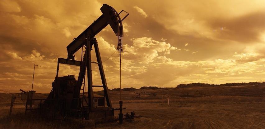 Cijene nafte prošloga tjedna porasle više od 4 posto