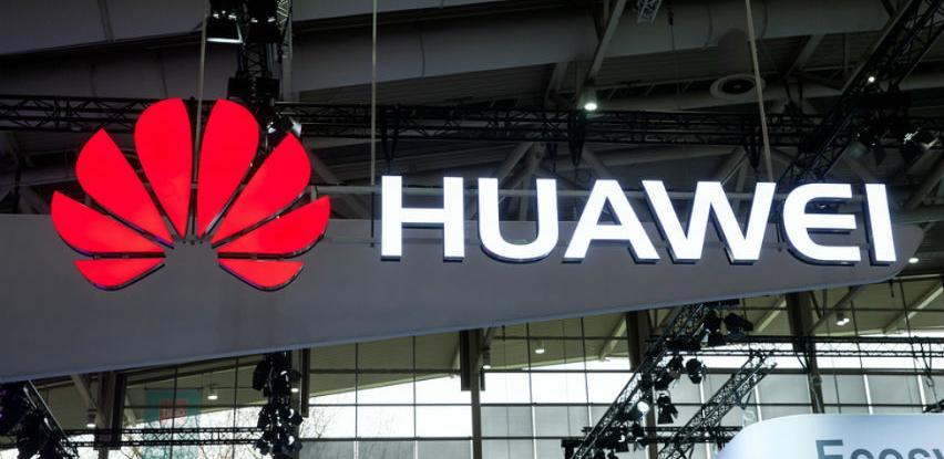 Google prekinuo saradnju s Huaweijem, na udaru svi vlasnici kineskih telefona