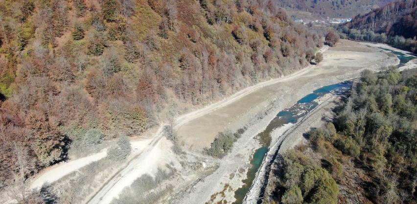 Crna Gora tuži Kinu zbog devastacije korita Tare