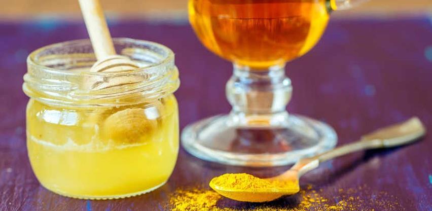 Pet kućnih pripravaka koji pomažu u borbi protiv kašlja i prehlade