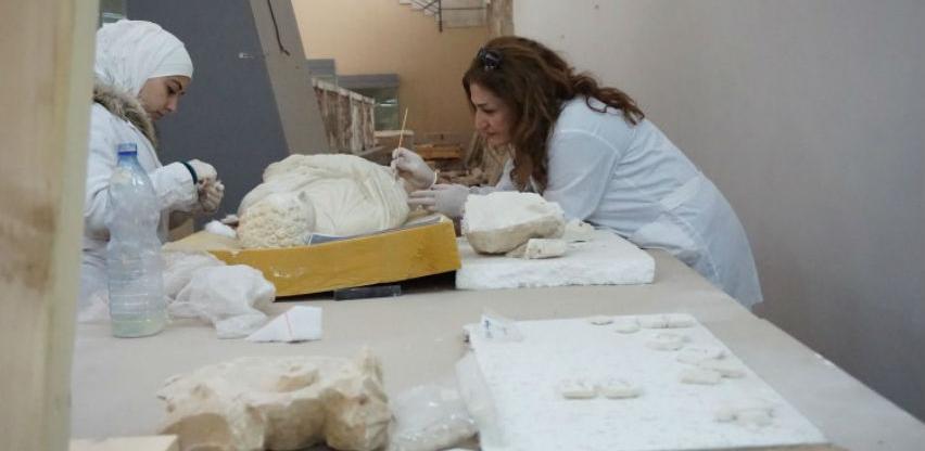 Talijanski areheolozi uradili repliku dijela uništenog oltara u hramu u Palmyri