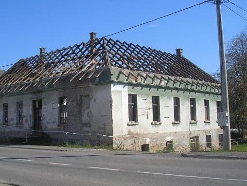 Počela rekonstrukcija krova stare škole u Razboju