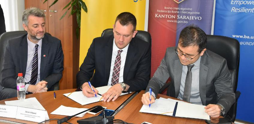 Izdvojeno 2,6 miliona za utopljavanje 15 objekata javnih ustanova u KS