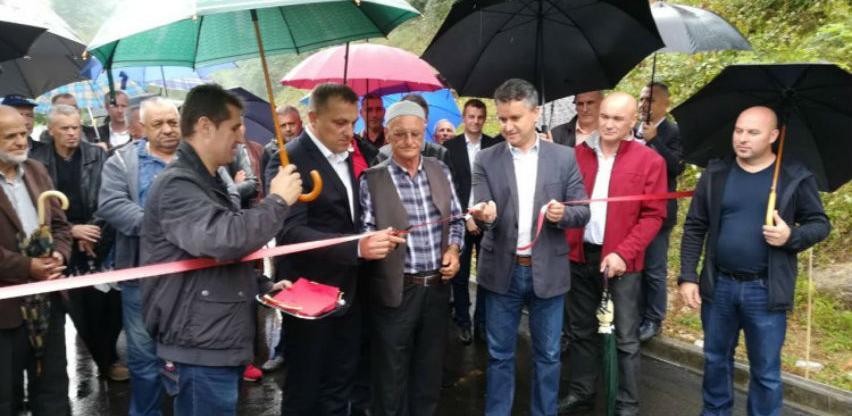 Kroz projekte FERP i IFAD u Sanskom Mostu i Bužimu uloženo 2,6 miliona KM