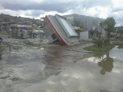 U Doboju mobilizacija ljudstva, ministri BiH ponovo o poplavama