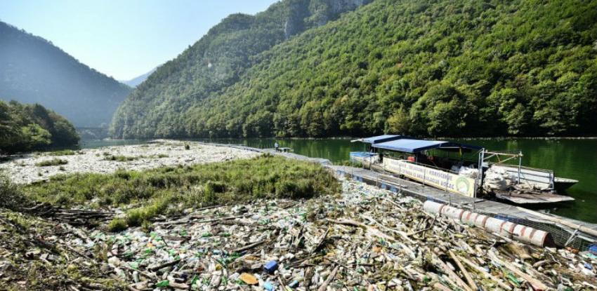 Uskoro uklanjanje oko 6.000 kubnih metara plutajućeg otpada iz Vrbasa