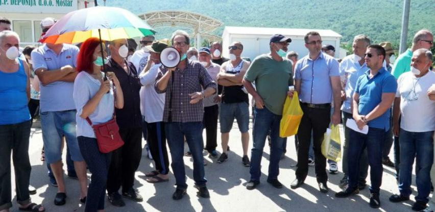 Treći dan blokade gradskog odlagališta 'Uborak'