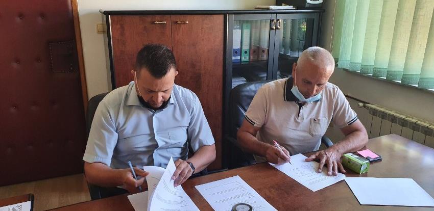 Potpisan ugovor o izvođenju radova na cesti Odžak-Donji Svilaj
