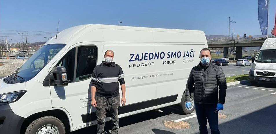 AC Blok donirao kombi vozilo Udruženju Pomozi.ba