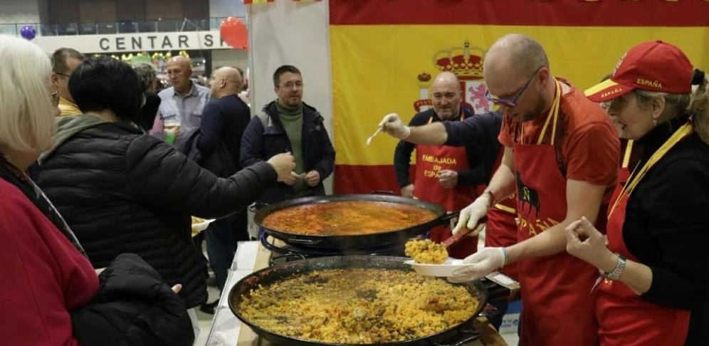Diplomatski zimski bazar donira 249,000 KM dječjim organizacijama u BiH