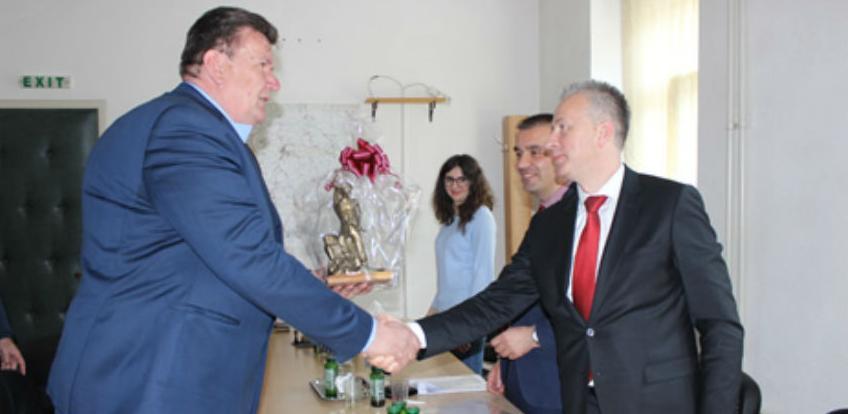 UniCredit Mostar kreditira Općinu Vareš sa 1,2 miliona KM