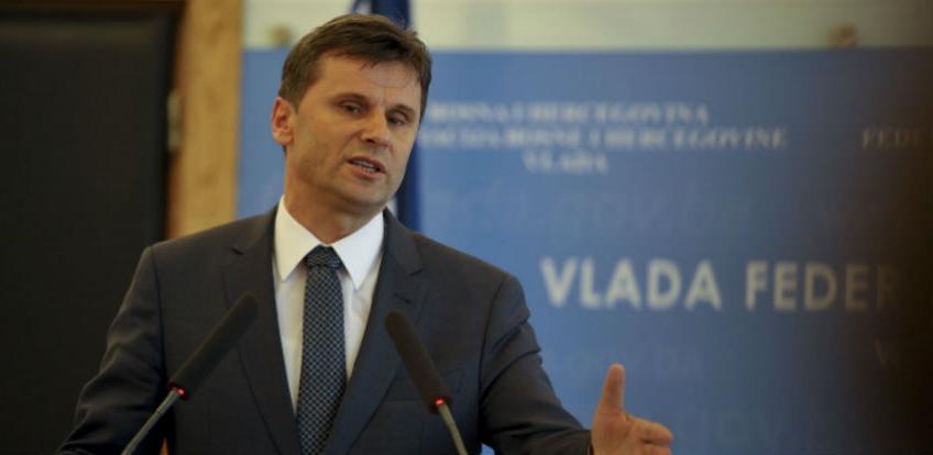 Novalić za vikend traži hitnu sjednicu oba doma federalnog parlamenta