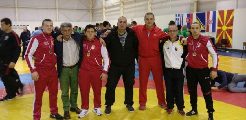 Hrvačima Bosne tri zlata u Beogradu