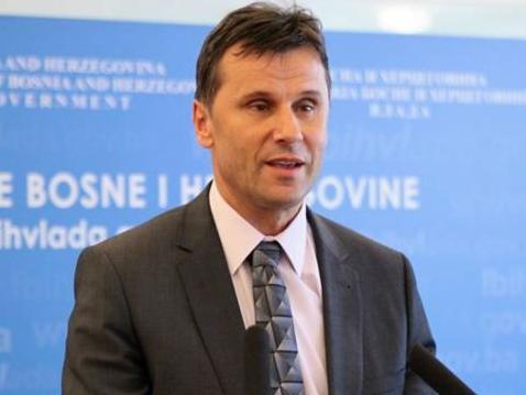 Novalić: I u 2017. godini odlučno nastaviti započete procese
